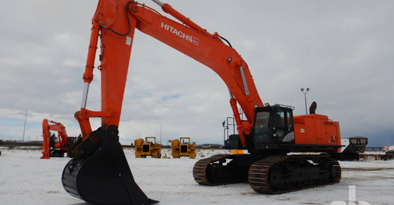 Hitachi Excavator sold at Ritchie Bros.