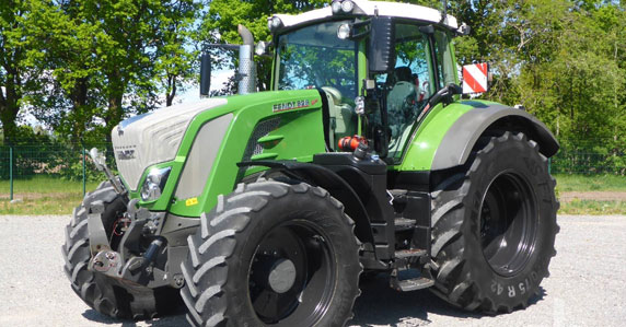 2016 Fendt 828 Cario MFWD Tractor sold at Ritchie Bros.